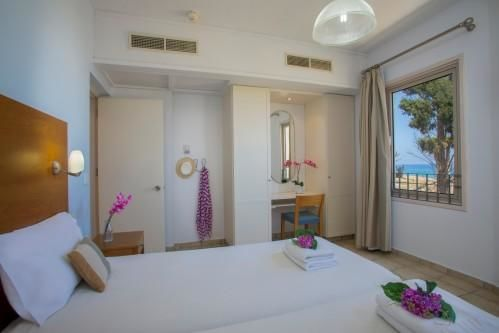 Louis Althea Beach - Room